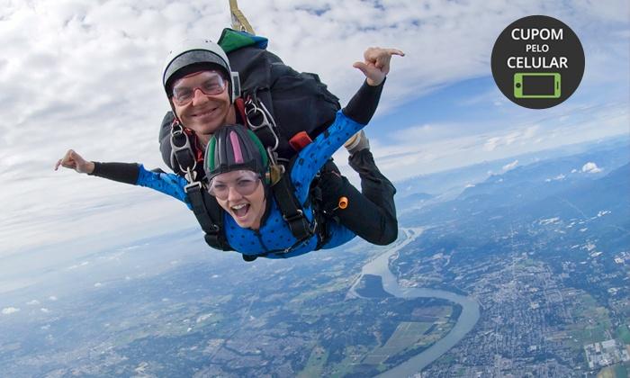 Escola Brasileira de Paraquedismo - Escola Brasileira de Paraquedismo: Escola Brasileira de Paraquedismo – Boituva: salto de paraquedas duplo + 20 fotos no CD para 1 ou 2 pessoas