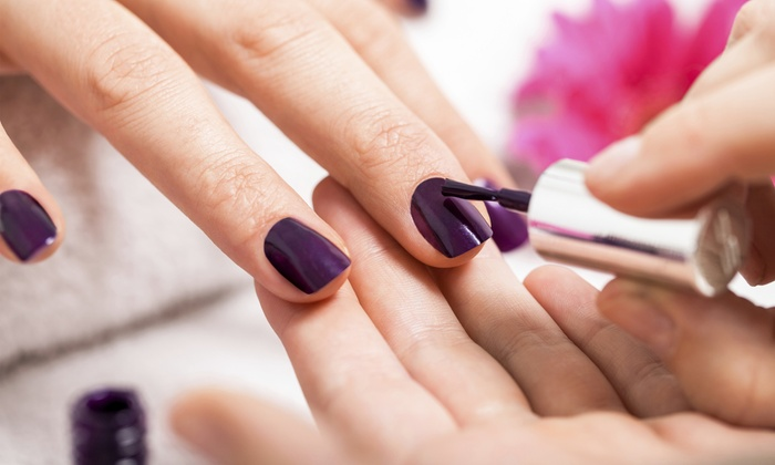 Tracy's Tips & Toes - Mount Prospect: One or Two No-Chip Manicures at Tracy's Tips & Toes (Up to 42% Off)