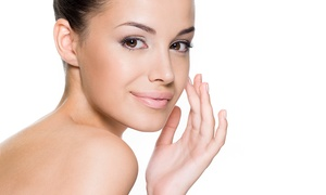 Universal Hair Skin and Scalp Clinic: Crystal Clear Microdermabrasion for €49 at Universal Hair and Scalp Clinic (64% Off)