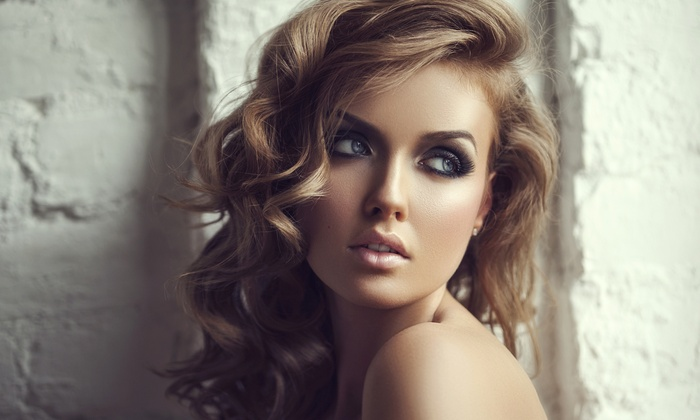 IBeauty Room - Hollywood Hills West: Full Set of Eyelash Extensions at IBeauty Room (50% Off)