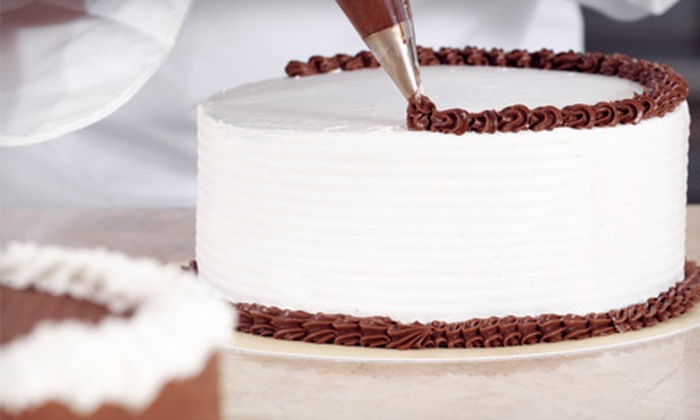 Sugar 'n Spice - Daly City: Five Cake-Decorating Classes for One or Two at Sugar 'n Spice (Up to 60% Off)