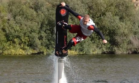 Vuelo en hoverboard en el pantano de Los Ángeles de San Rafael por 54 €