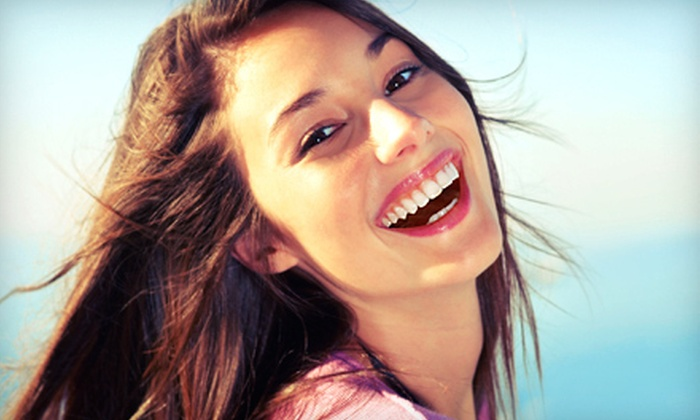 Sonoma Tanning - Willow Glen: $69 for One Da Vinci Teeth-Whitening Session at Sonoma Tanning ($169 Value)