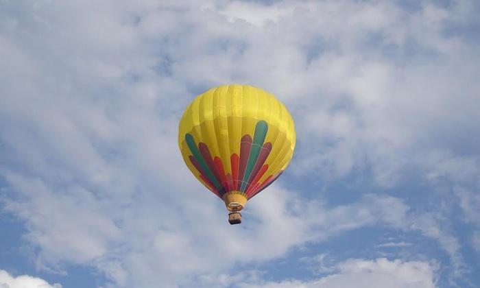 Deluxe 1 tot 1,5 uur durende ballonvlucht voor 1-8 personen bij Ballon Deluxe