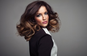 Capilia Elite: $124 for a 120 Day Hair Loss Prevention and Scalp Therapy Program at Capilia Elite ($595 Value)