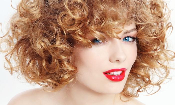 I Parrucchieri - I PARRUCCHIERI: Taglio, colore o in più ricostruzione e shatush oppure fino a 100 extension da 19,90 €