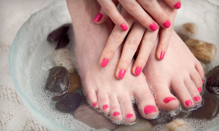 L'amour Nails & Spa - Willow Glen: $20 Worth of Manicures or Pedicures