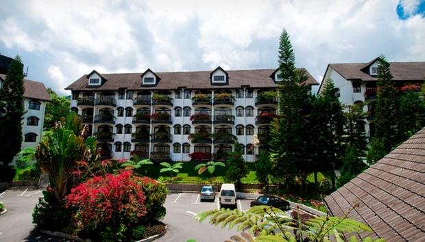 Cameron: Strawberry Park Resort 6