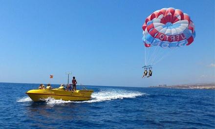 Paracaidismo sobre el mar para dos personas en Adeje por 44,95€