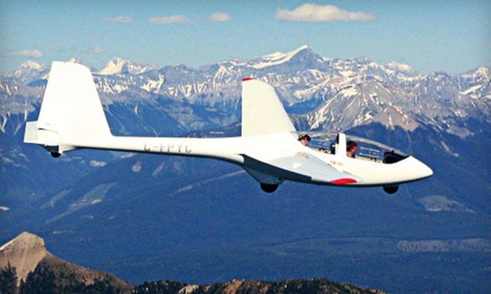 Vancouver Island Soaring Centre - Victoria: $147 for a 30-Minute Valley Glider Flight with a Personal HD Video from Vancouver Island Soaring Centre ($245 Value)