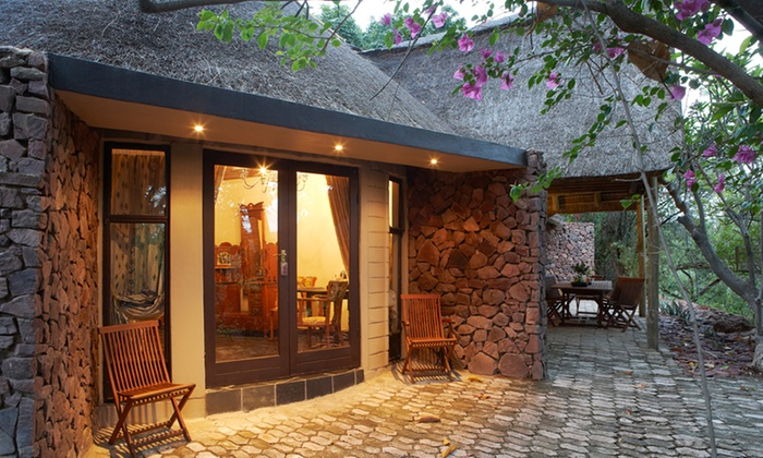 Bird Song Cottages - Merchandising (ZA): Limpopo: Self-catering Stay For up to Eight People at Birdsong Cottages