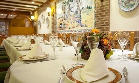 Cena de asador con entrante, principal, pan y bebida para 2 o 4 personas desde 39,99 € en Asador Real