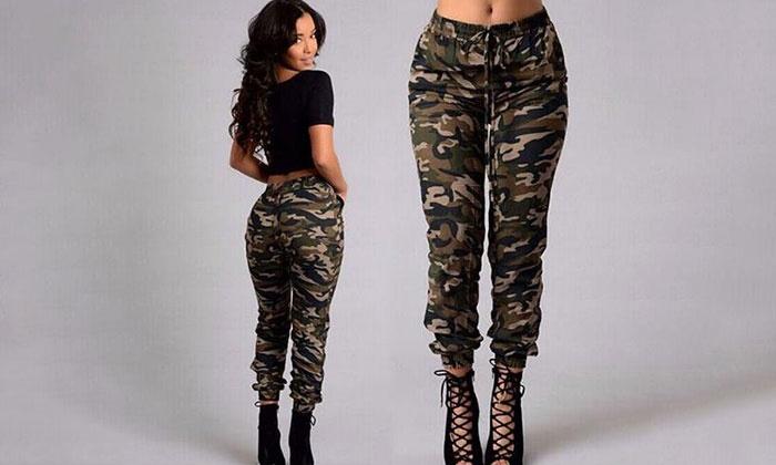 plus de photos 4af94 3c5e3 Pantalon imprimé militaire pour femme, mode et glamour