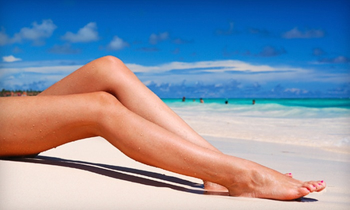 NY Sun Club - Multiple Locations: One or Three Spray or Bed Tans or One Organic Airbrush Tan at NY Sun Club (Up to 67% Off). Two Locations Available.