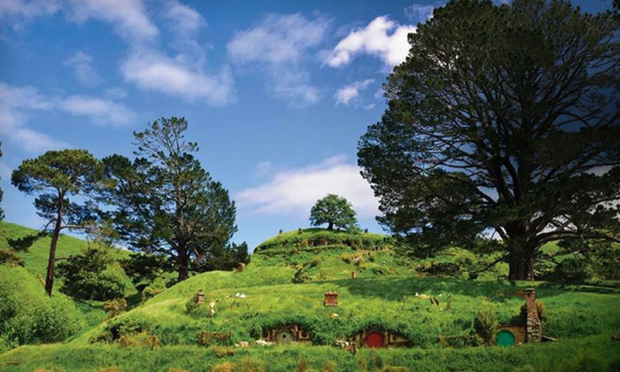 "Air New Zealand Vacations ""The Hobbit"" Trip - Mercure Auckland: 14-Day, 11-Night New Zealand ""The Hobbit"" Vacation with Airfare and Hotels from Air New Zealand"