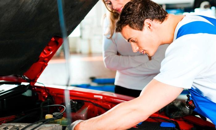 Officina Meccanica Adamo - Cagliari: Tagliando auto fino a 1800 o 2500 cc e controlli da 49,90 €