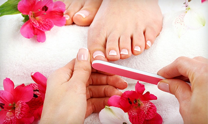 Green Spa Vancouver - Downtown Vancouver: $35 for a European Apparatus Pedicure with a Paraffin Foot Treatment at Green Spa Vancouver ($70 Value)