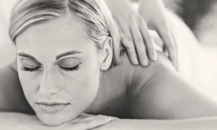 Alaska Chiropractic Care - Rogers Park: One or Two 60-Minute Massages at Alaska Chiropractic Care (Up to 78% Off)