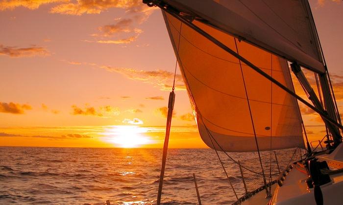 Acquarya - Germignaga: Uscita o giornata con istruttore in barca a vela da 29,90 € sul Lago Maggiore