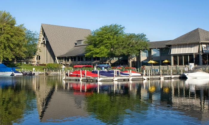 The Abbey Resort - Fontana, Wisconsin: Stay with Dining Credit at The Abbey Resort in Fontana, WI. Dates Available into September.