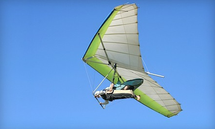 Thermalriders LLC - Luling: $135 for an Instructional Tandem Hang-Gliding Flight from Thermalriders LLC in Luling ($225 Value)