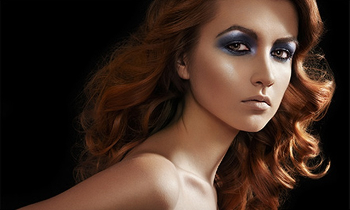 Dilcia's Hair Care - Hollywood: $17 for $34 Worth of Women's Haircuts at Dilcia's Hair Care