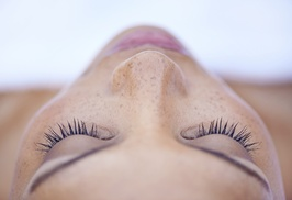 Hair Sugar Studio: Full Set of Eyelash Extensions at Hair Sugar Studios (50% Off)
