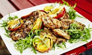 Cairo City: Salade bar à volonté & plats au choix pour 2 ou 4 personnes au Cairo City