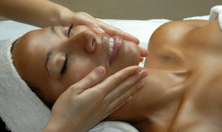 A 60-Minute Lymphatic Drainage Massage at Vata Massage  (37% Off)