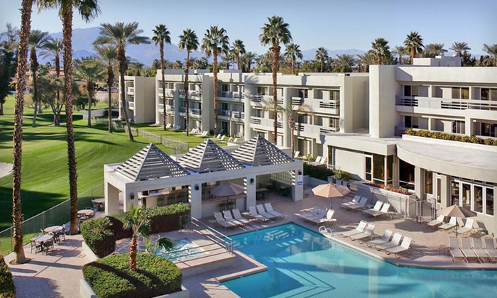 Indian Wells Resort Hotel - Indian Wells, CA: One- or Two-Night Stay from 10/1/12–12/23/12 with Drinks and Breakfast for Two at Indian Wells Resort Hotel in Greater Palm Springs, CA