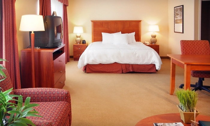 Homewood Suites by Hilton Dulles-North/Loudoun - Beaumeade: One-Night Stay for Two with $15 Dining Credit at Homewood Suites by Hilton Dulles-North/Loudoun