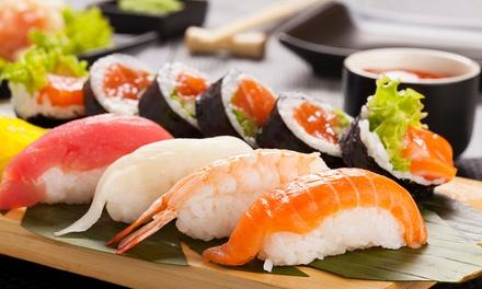 Menú para 2 o 4 con ensalada, entrante, bandeja de sushi, postre y botella de vino o bebida desde 24,95 € en +Q Sushi