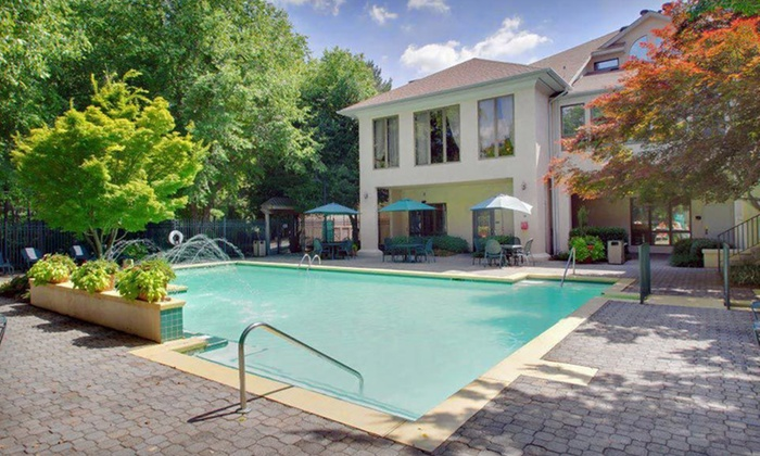 Hawthorn Suites by Wyndham Atlanta Northwest - Atlanta: $55 for a One-Night Stay at Hawthorn Suites by Wyndham Atlanta Northwest (Up to $105 Value)