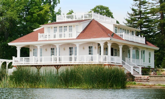 Clear Lake Bed and Breakfast - Lakeport: 1- or 2-Night Stay at Clear Lake Bed and Breakfast in Lakeport, CA