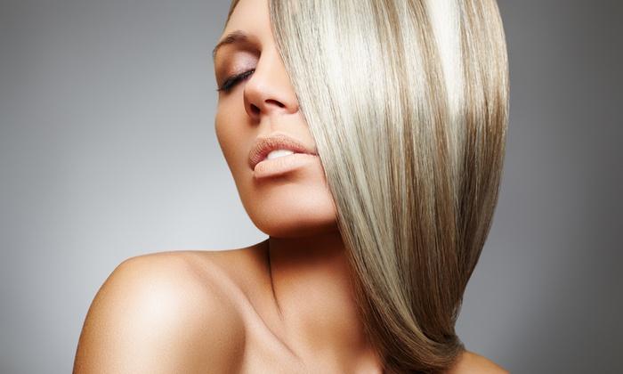 Vanity Fair Hair - Verona: Seduta di bellezza per capelli con taglio, colore e cheratina lisciante (sconto fino a 71%)