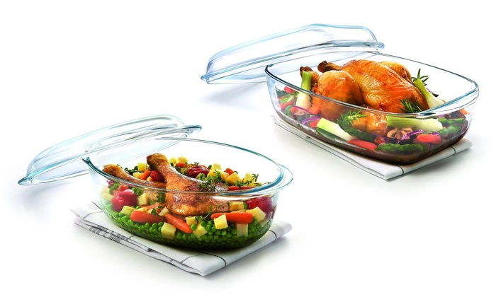 Pyrex Essentials Oval (4L) or Rectangular (6.5L) Glass Oven Casserole