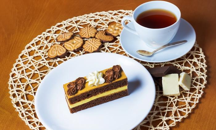 Selbstgemachter kuchen und kekse restaurant im golf for Kuchen berlin pankow