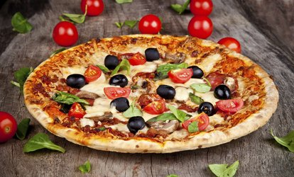 Choice of Italian Pizza or Pasta for Two or Four at Solo Restaurant (Up to 46% Off)