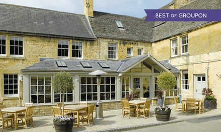 Gloucestershire, Cotswold: 1 or 2 Nights for Two with Breakfast at Noel Arms Hotel