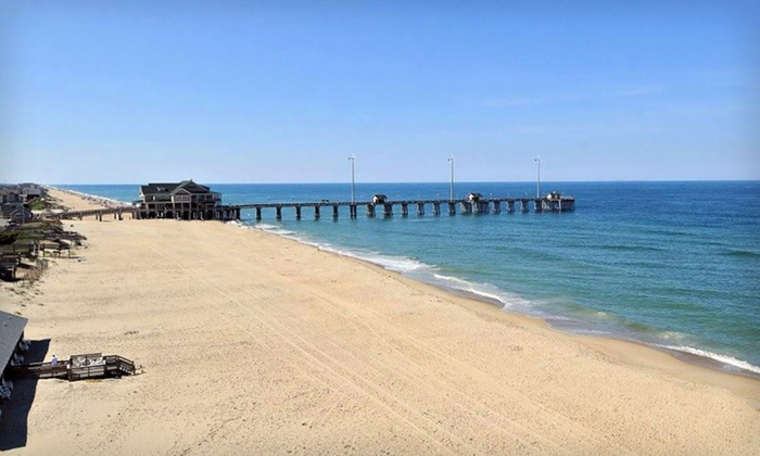 3-Star Top-Secret Nags Head Hotel - Nags Head: One-Night Stay at Comfort Inn South Oceanfront in Nags Head, NC