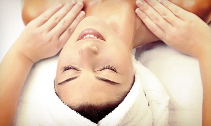 Urban Bliss Day Spa - La Palma: $35 for a One-Hour Deep-Tissue Massage with Aromatherapy, Foot Wrap, and Snacks at Urban Bliss Day Spa ($119 Value)
