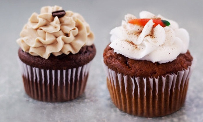 The Lofty Cupcake - Tallmadge: 12 Mini Cupcakes or 6 or 12 Large Cupcakes at The Lofty Cupcake (Half Off)