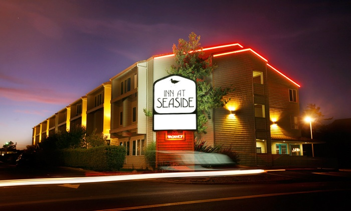 Inn at Seaside - Seaside, Oregon: 1- or 2-Night Stay with Two Aquarium Passes, $25 Dining Credit, and $10 Arcade Credit at Inn at Seaside in Seaside, OR