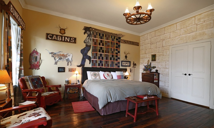 Crescent Quarters - Boerne, TX: 1- or 2-Night Stay in Any Room or Suite at Crescent Quarters in Boerne, Texas