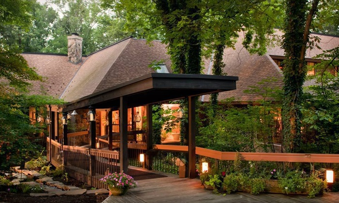 null - Dayton: Stay at The Inn at Honey Run in Millersburg, OH, with Dates Through May