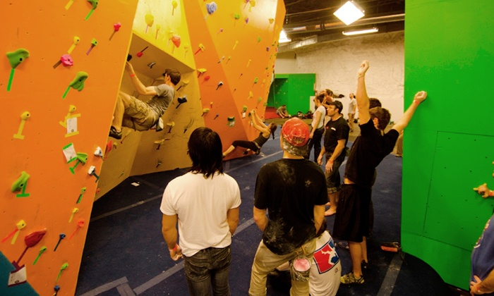 The Cave Bouldering Gym - Coleman Highlands: $39 for One Bouldering 101 Class, One Three-Visit Punch Card, and Gear Rental at The Cave Bouldering Gym ($78 Value)