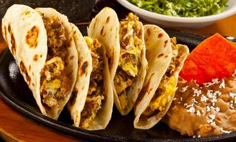 Mexicano para dos o cuatro con entrante, principal, postre y margarita desde 19,95 €