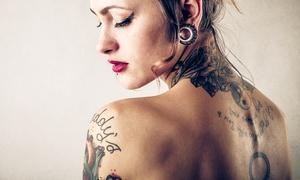 Atelier del tatuatore: Buono sconto del valore di 150 € per un tatuaggio di qualsiasi colore e dimensione