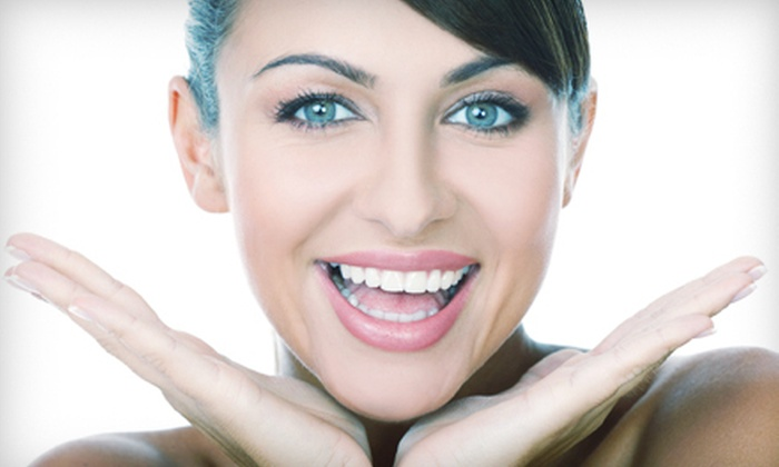 Miami Center for Cosmetic and Implant Dentistry - West Kendall: $29 for a Dental Exam with X-rays and Cleaning at Miami Center for Cosmetic and Implant Dentistry ($403 Value)