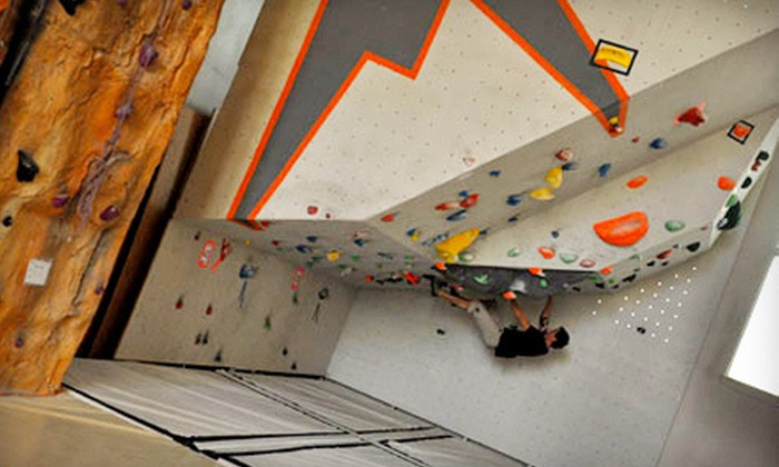 Altitude Gym - District Saint - Raymond - Vanier: Rock-Climbing Package with Intro Lesson and Three Gym Visits, or Five Gym Visits at Altitude Gym (Up to 56% Off)